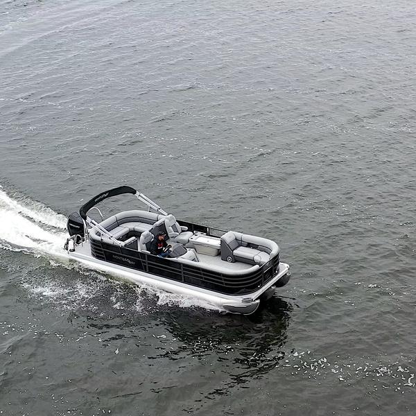 Montego Bay Pontoon TT85240-BR-DLX-BLK-G Running