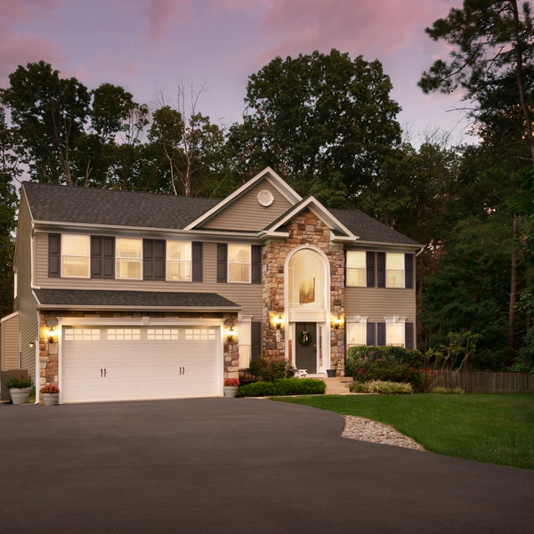 Residential Real Estate Twilight Photo