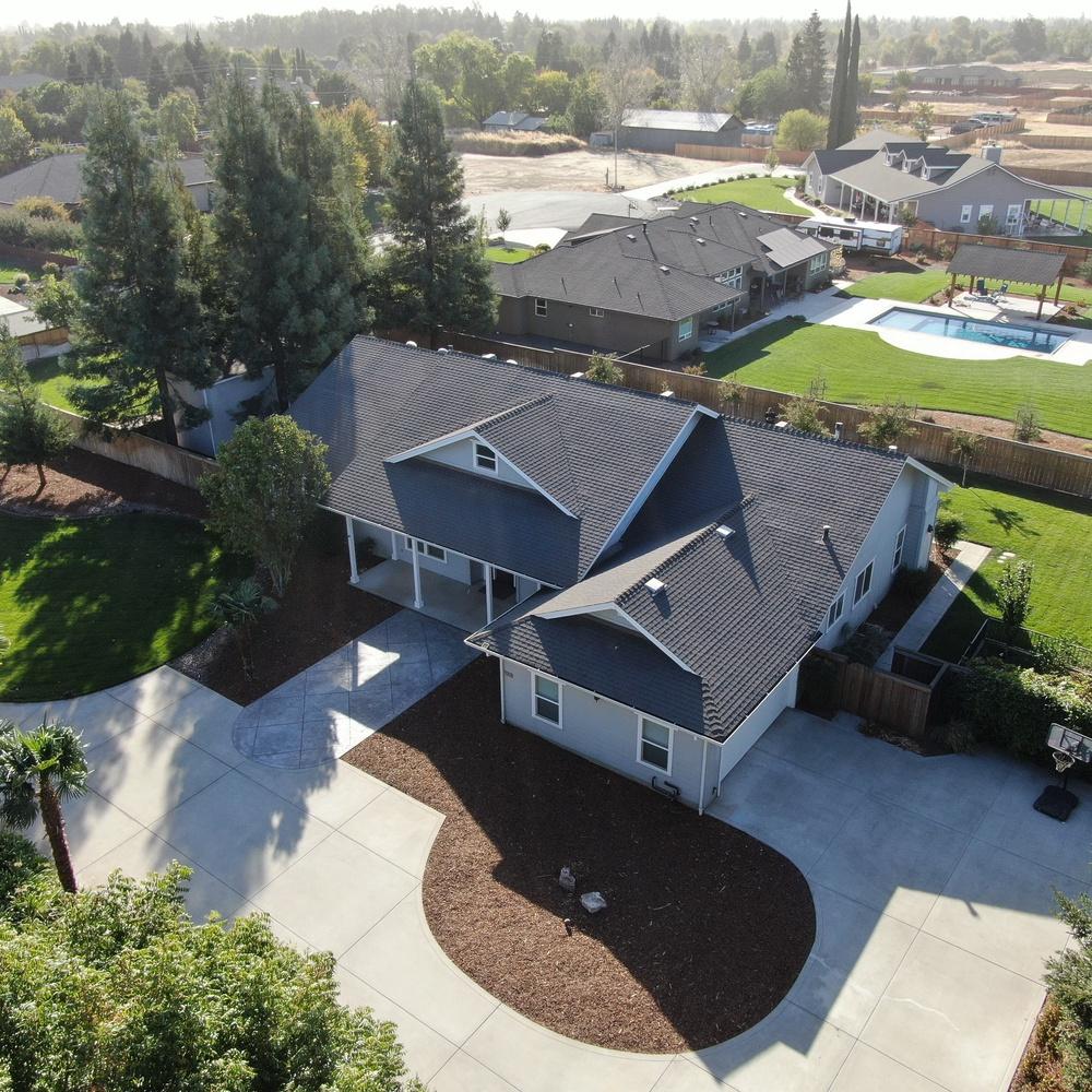 Aerial Real Estate - Poleshot