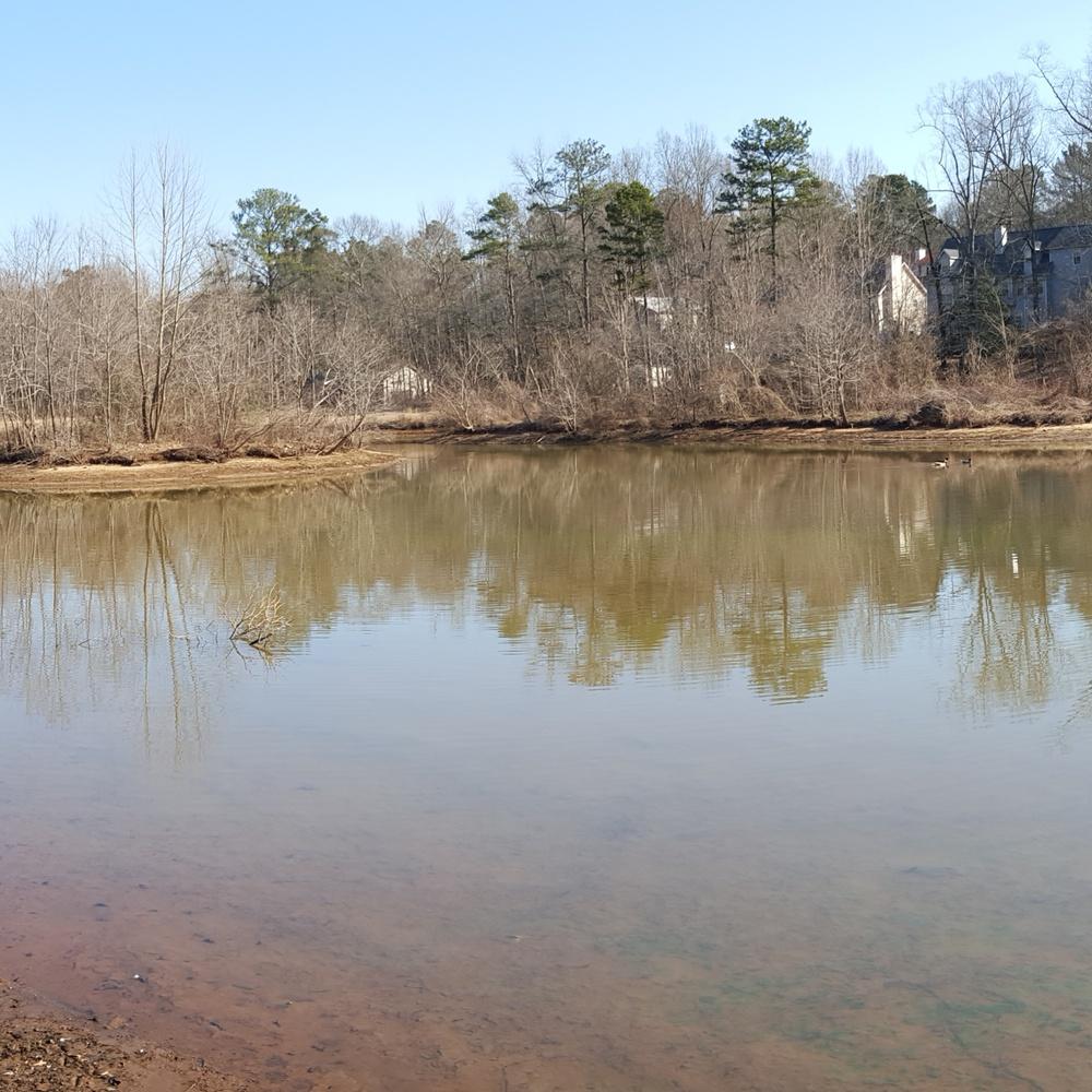 Property shots on a beautiful 100 acre Lake