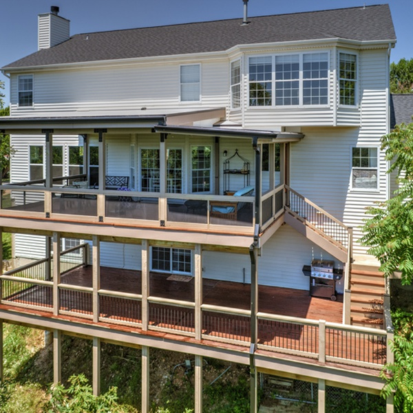 Residential Real Estate Photography - 2 Story Deck