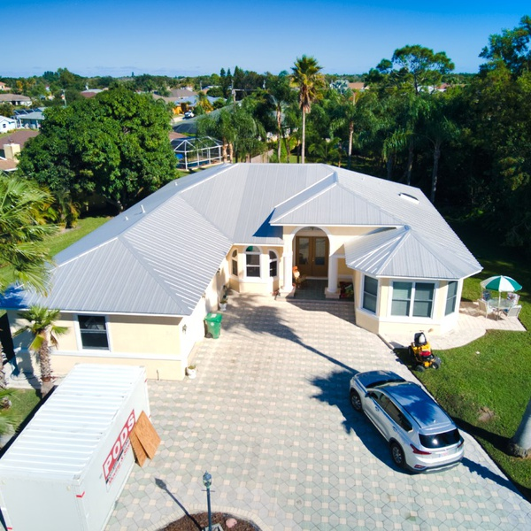 Aerial Front of house