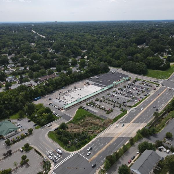 Acme Shopping Center 8