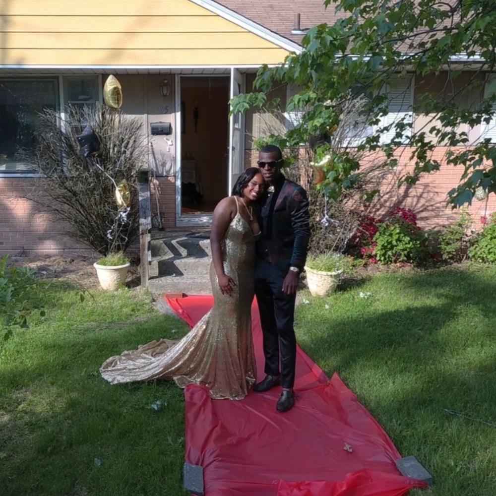 Senior prom photo
