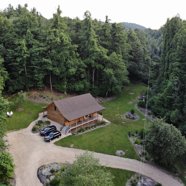 Raw aerial of mountain property