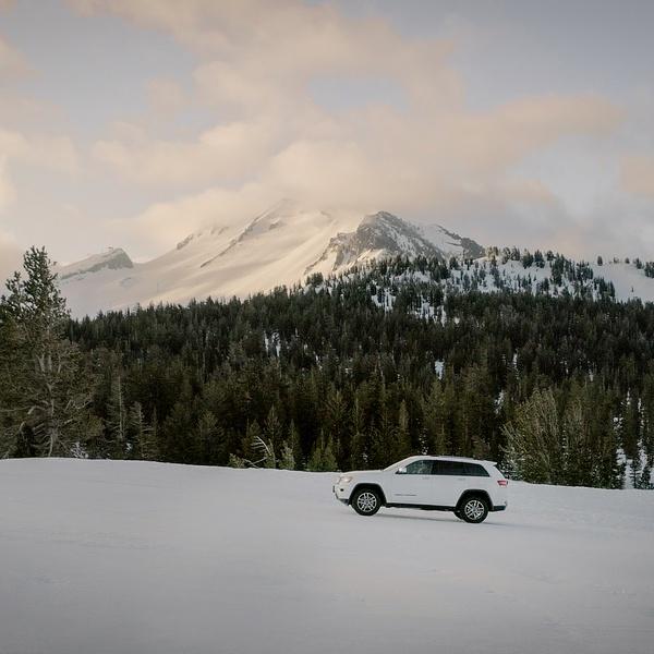 Jeep on Snow