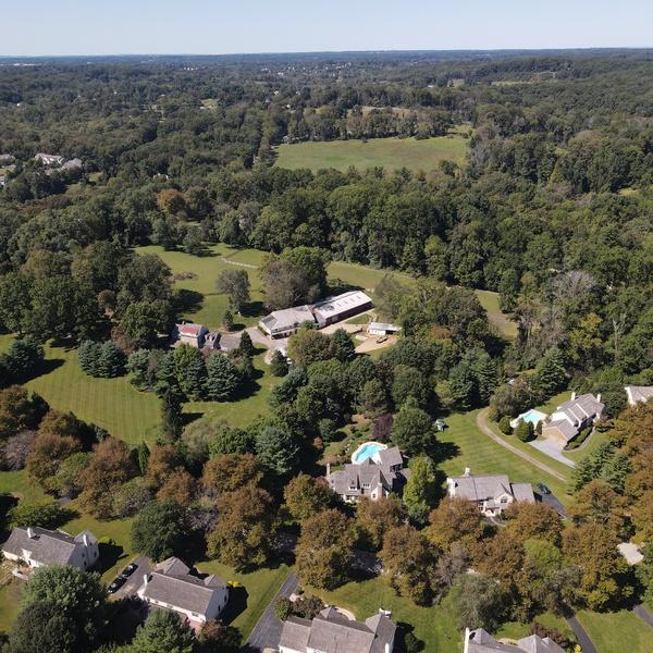 Real Estate Cardinal 400 feet