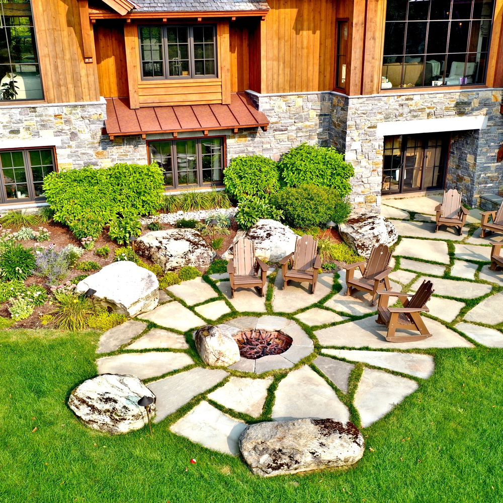 Landscape Design - Grassy Patio
