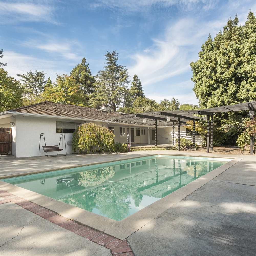 Real Estate pool shot