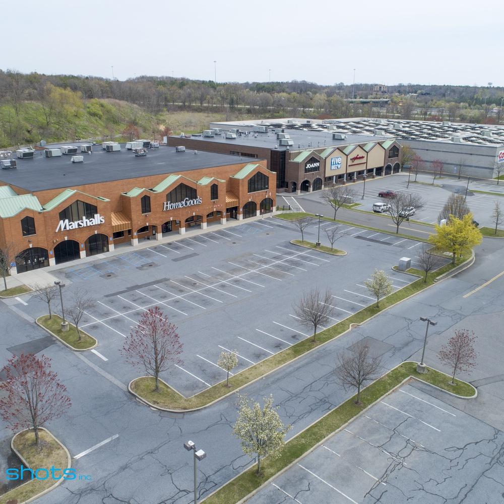 Commercial Real Estate Shopping Center