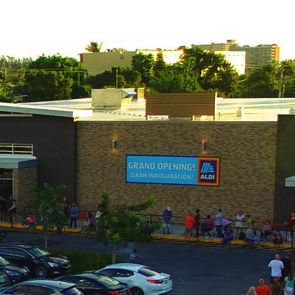 Pampano Plaza Grand Opening