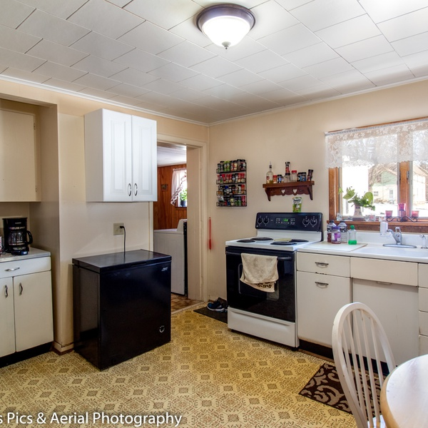 Also do interior Real Estate Photography