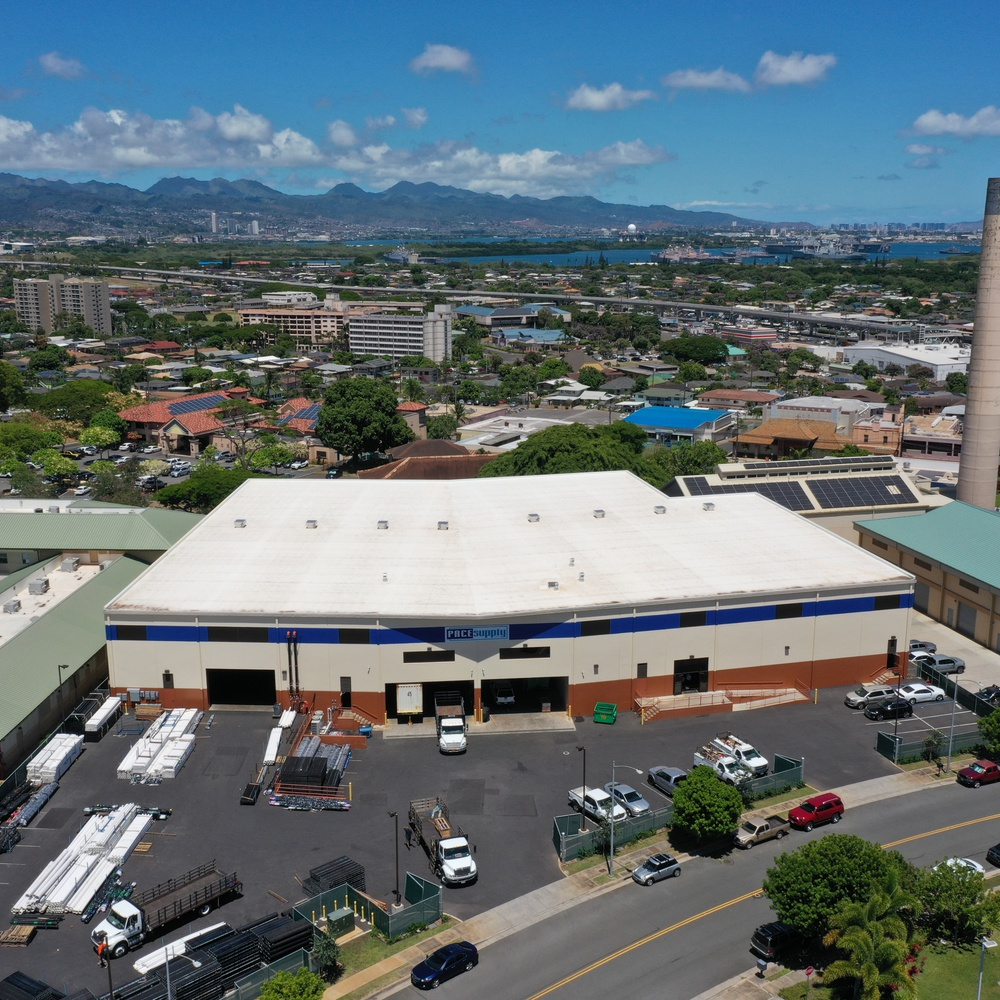 Honolulu Commercial Real Estate (125' Front View)